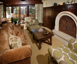 Luxury accommodations at in the center of Vail Village and a short walk to the Gondola One Ski Lift.