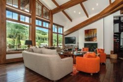 3,200 sq ft of glorious Penthouse vacation condo at Manor Vail Lodge