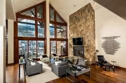 A Solaris Penthouse vacation rental with premium accommodations and services at an ideal location in the center of Vail Village.