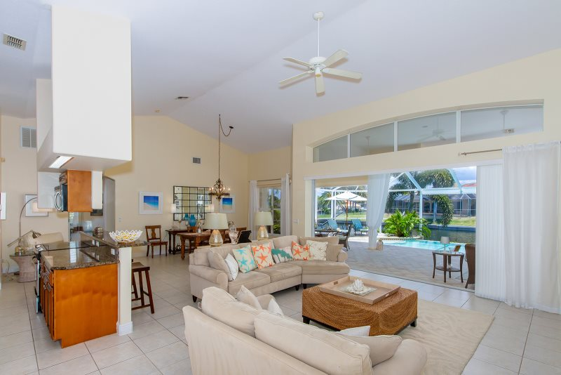 Villa Coconut Vacation Home Cape Coral