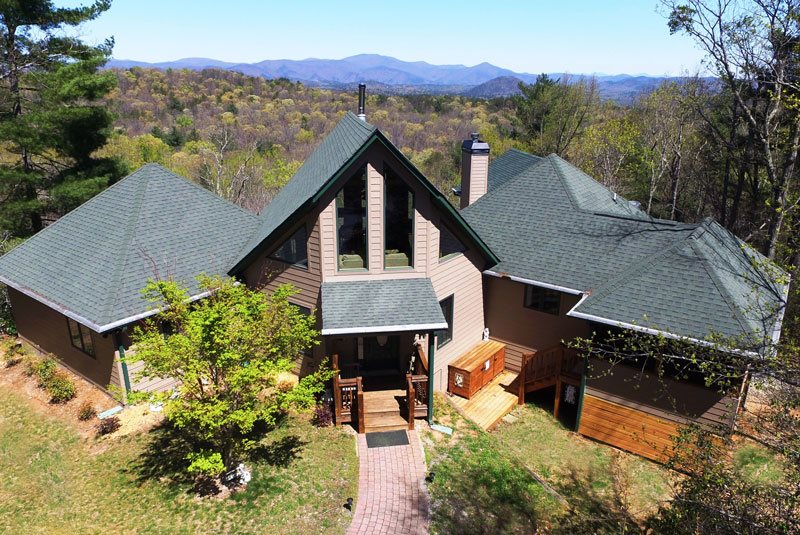 6 bdr luxury vacation rental near helen ga sleeps 16 for Large cabin rentals north georgia