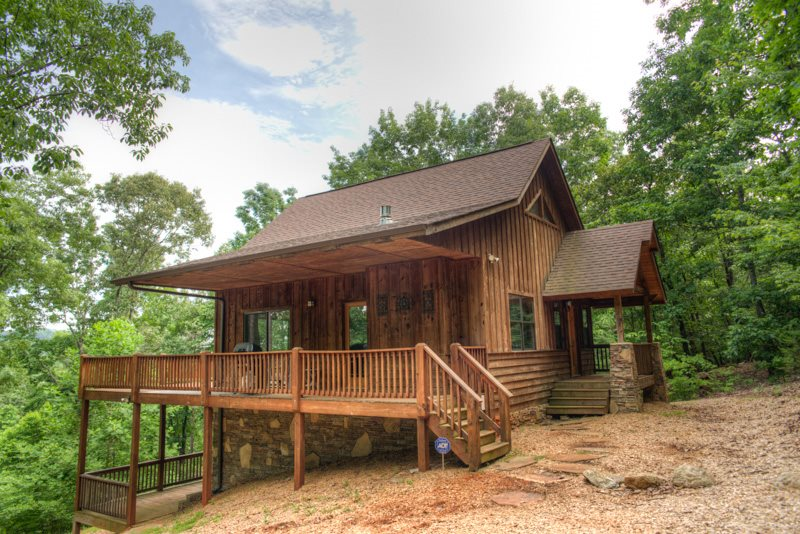 1 bdr deluxe cabin rental near helen ga four seasons for Vacation cabins north georgia mountains
