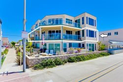 Rockaway Ocean Front II - 4 Bedroom Mission Beach Vacation Rental