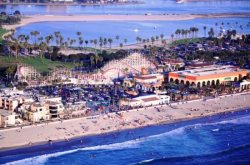 Belmont Park is a short stroll away - South Mission Beach, San Diego Vacation Rental