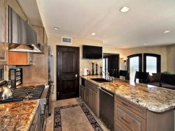 Kitchen and Breakfast Bar - Granite Countertops