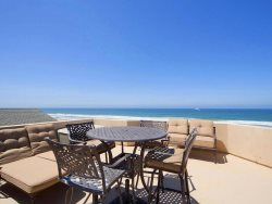 Up on a Roof - Mission Beach Vacation Rental