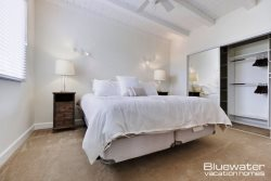 Master Suite II with king size bed
