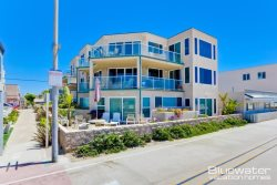 Ocean Front Mission Beach Vacation Rental - Includes 2 Levels