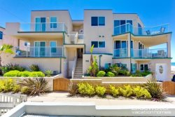 Mission Beach Vacation Rental - Ground floor and 2nd Level Combo