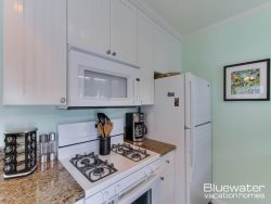 Kitchen - Stove, Microwave, Granite Counter Tops