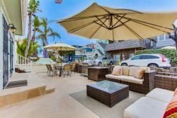 Private ground floor patio - South Mission Beach Vacation Rental