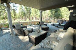 Hot Tub & AC - Close to Everything in Sisters - Have fun and relax in this newer home with a wonderful outdoor space for your summer and fall enjoyment and relaxation!