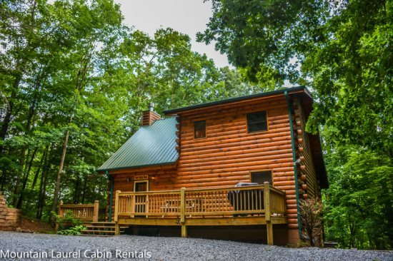 Beautiful 5 bedroom 3 bath cabin in the aska adventure for 8 bedroom cabins in blue ridge ga