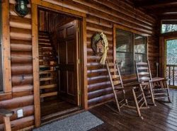 CADDIS COVE- 3 BEDROOM 2 BATH CABIN ON THE ELLIJAY RIVER, HOT TUB, FISHING DOCK, WOOD BURNING FIREPLACE, GAS GRILL, FIRE PIT BY THE RIVER, SLEEPS 8, PET FRIENDLY, STARTING AT $125 A NIGHT!