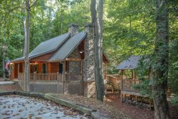HARLEY`S RIVER RETREAT- BEAUTIFUL 2BED/2BATH CABIN ON CREEK WITH RIVER ACCESS 100 FEET FROM FRONT DOOR AND IN THE COOSAWATTEE RIVER RESORT,PET FRIENDLY WITH FENCED IN YARD, HOT TUB, FIRE PIT, INDOOR/OUTDOOR FIREPLACES, SLEEPS 6, STARTING AT $150/NIGHT!