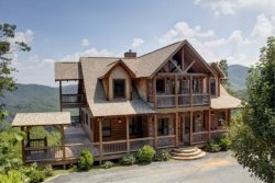 THE LODGE- 4BR/3.5BA, SLEEPS 8, BREATHTAKING MOUNTAIN VIEWS, WIFI, HOT TUB, GAS GRILL, PET FRIENDLY, INDOOR/OUTDOOR GAS LOG FIREPLACE, WET BAR, POOL TABLE, WALKING DISTANCE TO CAMELOT, THE CREEKHOUSE, AND BEAR NECESSITIES, STARTING AT $275/NIGHT