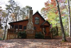 MAJESTIC PINES- 2BR/1BA- CABIN SLEEPS 4, JACUZZI, WIFI, HOT TUB, WOOD BURNING FIREPLACE, SCREENED PORCH, SCREENED PORCH, CHARCOAL GRILL, STONE FIRE PIT! STARTING AT $99/NIGHT!