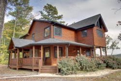 LONESOME DOVE-3BR/3BA-WESTERN THEMED CABIN, MOUNTAIN VIEW, GAS GRILL, WIFI, PAVED ROADS, POOL TABLE, WET BAR, FLAT SCREEN TV`S, GAS & WOOD BURNING FIREPLACES! STARTING AT $200 A NIGHT!