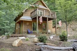HIKER`S CABIN,DESIGNED FOR THE OUTDOORSMAN! A HIKER`S PARADISE,BRING YOUR ATV`S,SECLUDED, 1BR/1BA, SLEEPS 4, FLAT SCREENS, CREEK ACCESS, NATIONAL FOREST ACCESS~LARGE NUMBER OF HIKING TRAILS,WALKING DISTANCE TO THE LOG CABIN AND THE TIMBER CABIN,$99/NIGHT