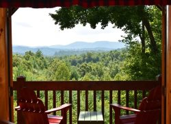 WHITETAIL LODGE- 2BR/3BA, UPSCALE RUSTIC FURNISHINGS, SLEEPS 8, QUIET & SECLUDED, AWESOME MTN VIEWS, HOT TUB, POOL TABLE, WIFI, FOOSBALL, SAT TV, WOOD BURNING FIREPLACE, GRILL, DECKS ON 3 LEVELS, STARTING AT $150/NIGHT!