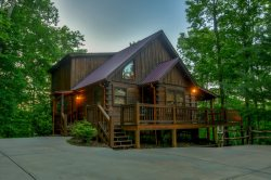 MOON SHADOW OVERLOOK-3BR/3BA-LUXURY CABIN SLEEPS 6, WIFI, HOT TUB, GAS GRILL, FOOSBALL TABLE, FLAT SCREEN TV`S IN EACH BEDROOM, OUTDOOR SITTING AREA WITH OUTDOOR FIREPLACE AND FLAT SCREEN TV! STARTING AT $195/NIGHT!