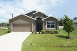 The Estero - New Vacation Home in Central Cape Coral, 4 Bedrooms, 2  Bath, Recliners, Electric Fireplace
