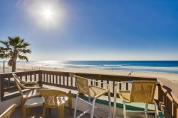 Rich`s Boardwalk Bungalow with Panoramic Ocean Views: Oceanfront 2 Bdrm Condo, Whitewater Views, Private Rooftop Balcony