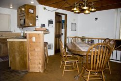 Mammoth Vacation Rental Snowflower 13 - Fully Equipped Kitchen