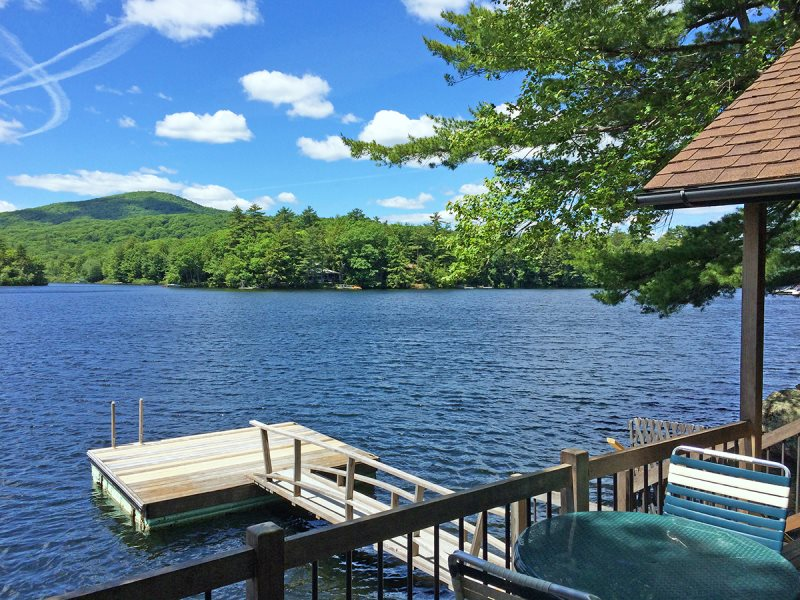 Little pines on the water in maine vacation property for Fishing cabin rentals near me