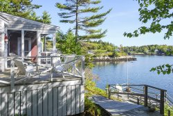 PINE CLIFF COTTAGE COMPOUND - Town of Southport