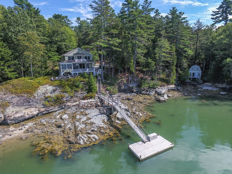 sunset cottage on the water in maine vacation rental property