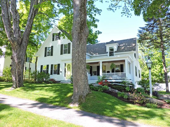 ninety three chestnut on the water in maine vacation rental property