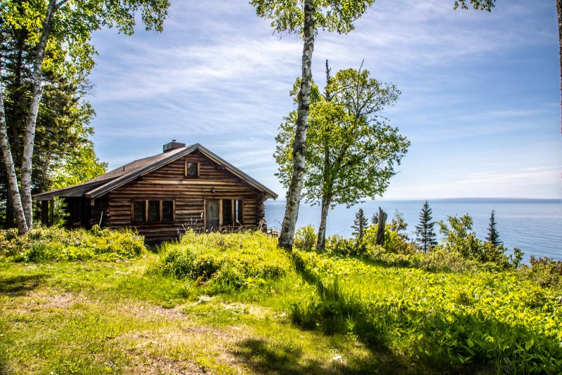 Minnesota vacation log cabin north shore lake superior for Cabins for rent in minnesota