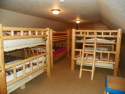 Bunk Room Three Bunks w\/ Queen Bottoms Queen Tops