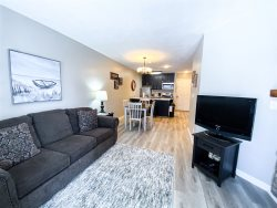 Inn Building #212 (Pet Friendly) Our Lowest Priced 1 Bedroom Condo!