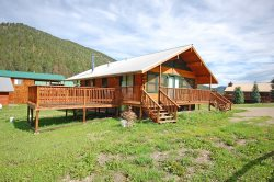 Sportsman`s Lodge - Upper Valley, Washer/Dryer, Satellite, Wood Burning Fireplace, Wrap Around Deck, Located on a Paved Road, Basement, LOTS of Parking for Vehicles, Trailers, ATV`s, Wheeler Peak View!!!