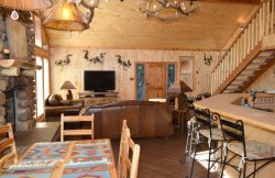 Karlins Mountain Lodge - New Ownership! In Town, Free WiFi, Satellite, Washer/Dryer, Wrap Around Deck with outdoor furniture- Back Covered Porch with Gas Grill-Fire Pit, Near Pioneer Creek and River- Mountain Views