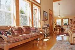 Aspen Mountain Lodge - Hot Tub, Upper Valley, Updated Home, WiFi, Satellite, Washer/Dryer, Wood Stove, Secluded Setting, Fire Pit, 24/7 Local Gym Access