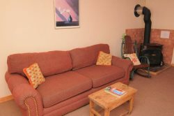 Bunker Hill - In Town, on Main Street - Satellite - Pet Friendly - Close to Ski Area