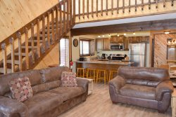 Last Chance Mine - In Town- PET`S WELCOME HERE!- Close to River-City Fishing Ponds- Ski Area Flat Panel TV`s w/ Satellite, Nicely Remodeled  with Rustic Decor! Gas Grill, Gas Fireplace - Walk to Main Streets Attractions!