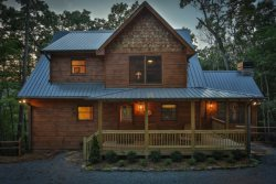 Cabin on the Ellijay River- On The Fly