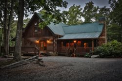 Pet Friendly Blue Ridge Vacation Cabin - Star Gazer Barn