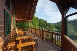 Blue Ridge Vacation Cabin With Guest House