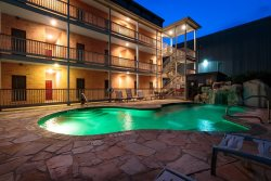 Guadalupe Waterfront Condo in Downtown in Historic Gruene! VG 206