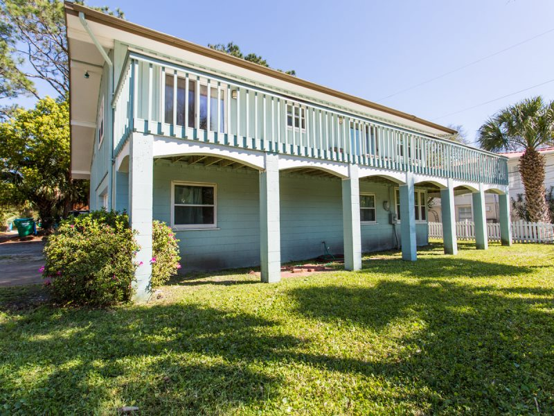 This Vacation Rental On Tybee Island Conveniently Located With Easy Access To Both The North And