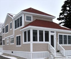 Furnished Charming 4 Bedroom 2.5 Bath Cottage at Exclusive Higgins Beach in Scarborough