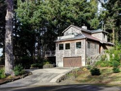 Bella Vista your beautiful retreat home nestled in the woods and just 2 blocks to the beach  4 bedroom 3 bath sleeps 10