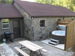 Stonehaven Lodge Hot Tub