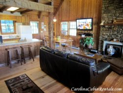 3BR Mountain Cabin with Game Room, Flat Screen TV, Stone Wood Burning Fireplace, Great Location