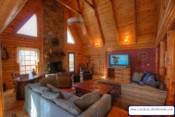 4BR Log Cabin with Hot Tub, Pool Table, A/C, Leather, Wifi, Flatscreens, Right in Banner Elk, Close to 2 Ski Resorts, Ski Sugar, Ski Beech